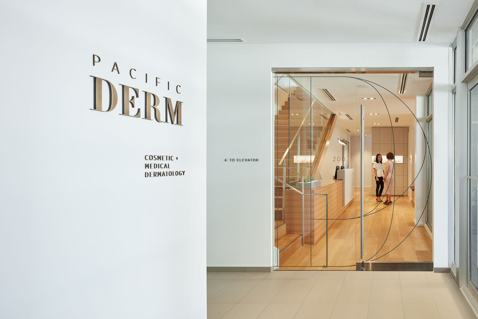 Косметологический центр Pacific Derm в Ванкувере от бюро Mcfarlane Green Biggar Architecture + Design, HQ architecture, HQarch, HQ arch, high quality architecture