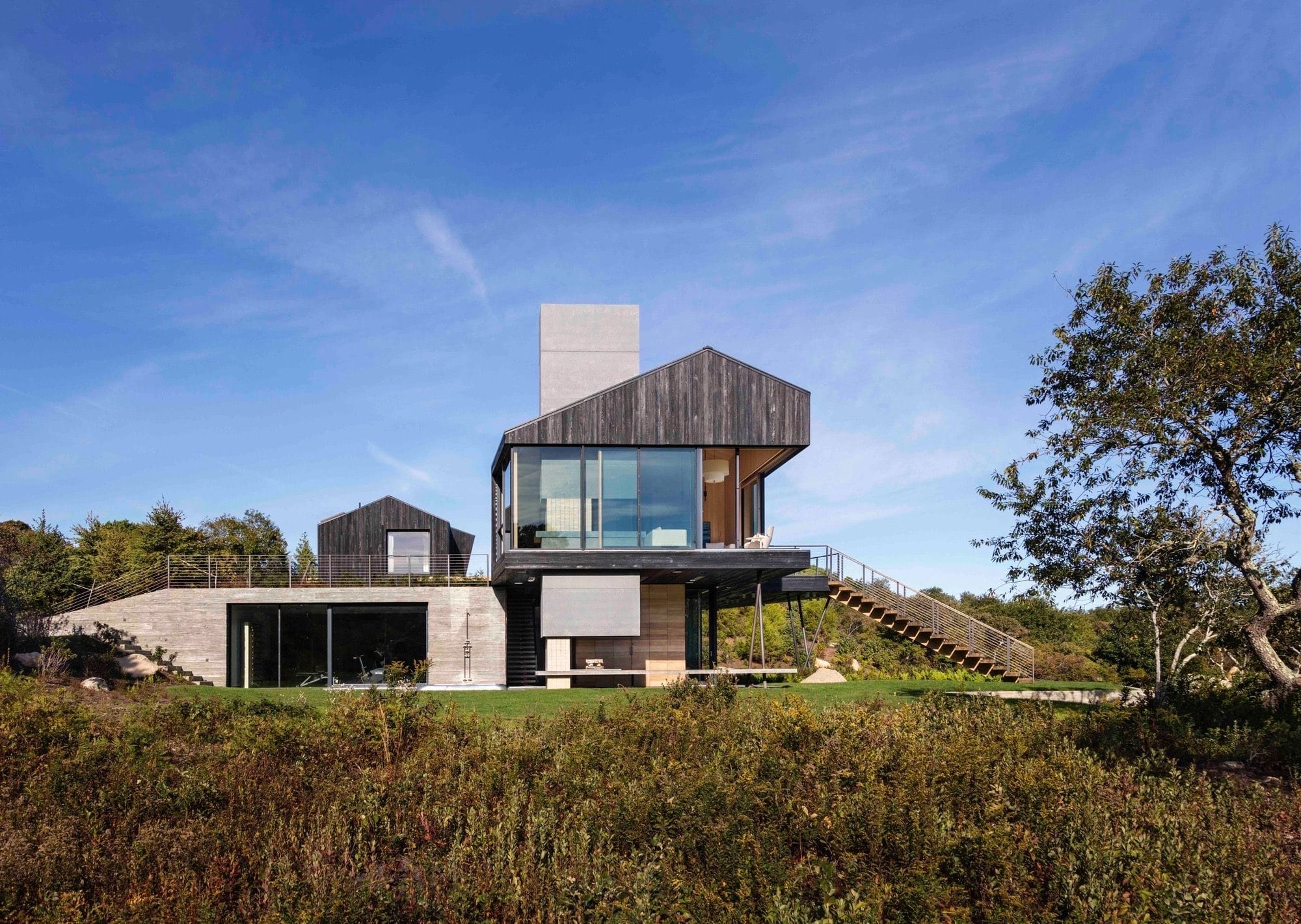 Дом – амбар Chilmark House на острове Мартас-Винъярд от Gray Organschi Architecture + Aaron Schiller, HQ architecture, HQarch, HQ arch, high quality architecture